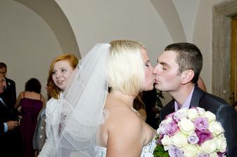 poslední políbení za svobodna :-)