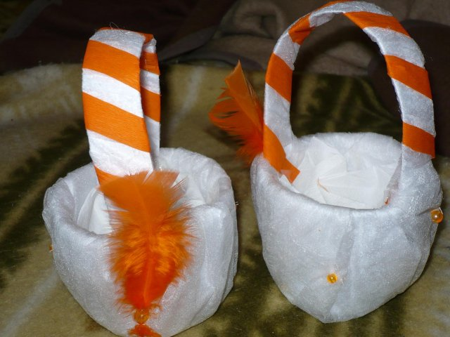 Moje malé predstavy - košíčky pre moje družičky (samovýroba)