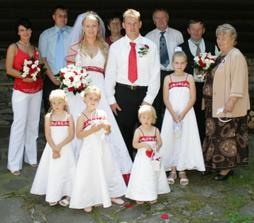 spolecna s rodici, svedky a druzbou