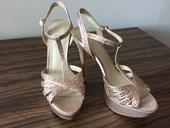 Elegantné kamienkové sandále, 40