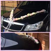 Kvetinova vyzdova na svadobne auto,
