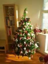 všetký ozdoby sú na stromčeku :)