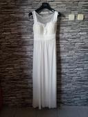 Svatební/popůlnoční šaty, 38