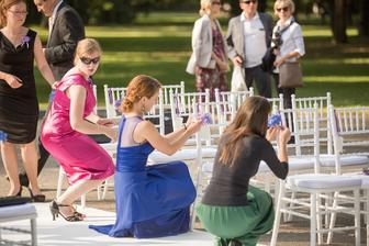 stolicky od agentury Elizabeth, vyzdoba druzicky :) (foto Robert Huttner)