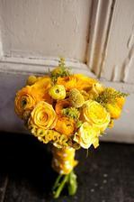 ranunculus, růže, celosie, craspedie, solidago