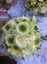 růže, růže David Austin, frézie a bouwardie