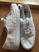 Biele krajkovane tenisky, 36