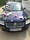 Dekoracia na svadobne autíčka,