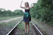 Šaty značky Mango s kvetovou sukňou, XS