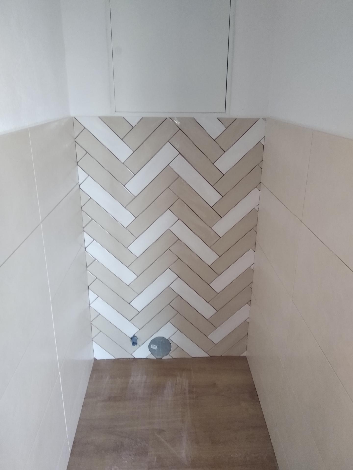 Byt snov - Už sa rysujú aj obklady wc a kúpeľne.