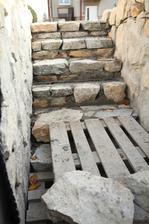 Dolné schody.