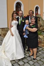 s rodiči a synovcem