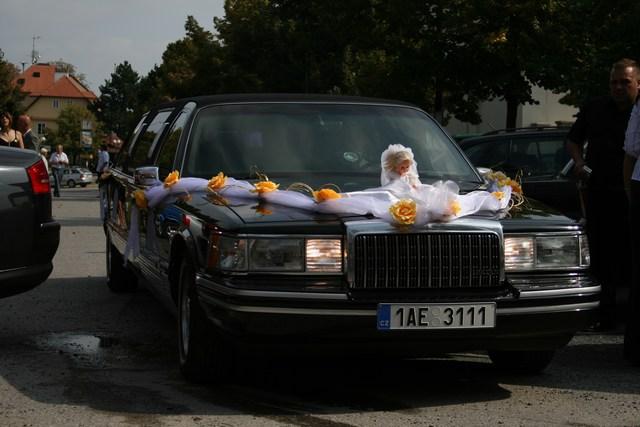 Radka{{_AND_}}Tomáš - nevěsty autíčko