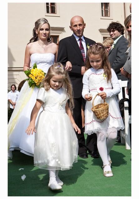 Radka{{_AND_}}Tomáš - nevěstu vede tatínek