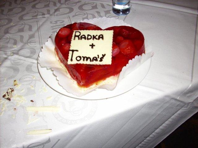 Radka{{_AND_}}Tomáš - a ovocný dortík s jahůdkami