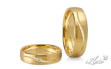 nakonec jsem se rozhodla pro zlaté prstýnky :)
