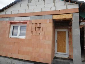 Výplň dveří se dodá, až se vyrobí