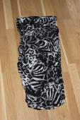 Tigrované šaty, XS