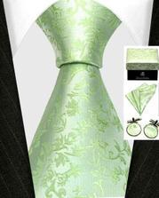 kravata a knoflíčky pro ženicha