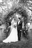 Svatební šaty od italského návrháře Pepe Botella, 38