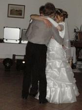 Tanec s manželem a jeho svědkem :-)