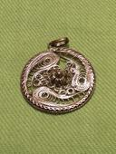 Filigránový přívěšek ze stříbra starožitný,