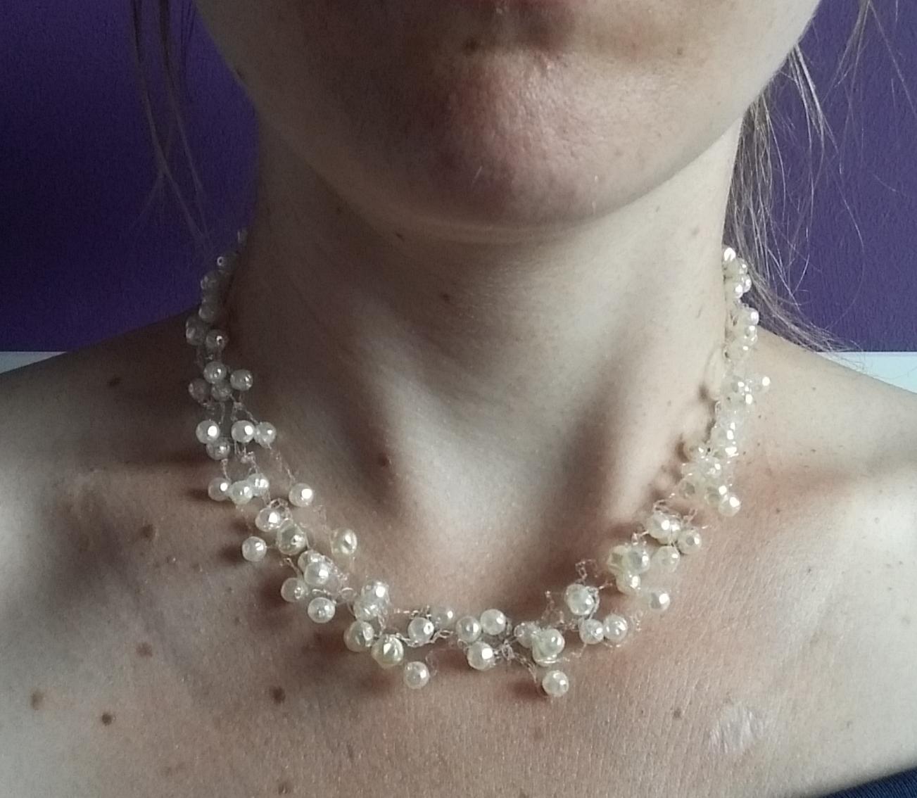 Korálkový/perličkový náhrdelník + 2 páry naušnic - Obrázek č. 4
