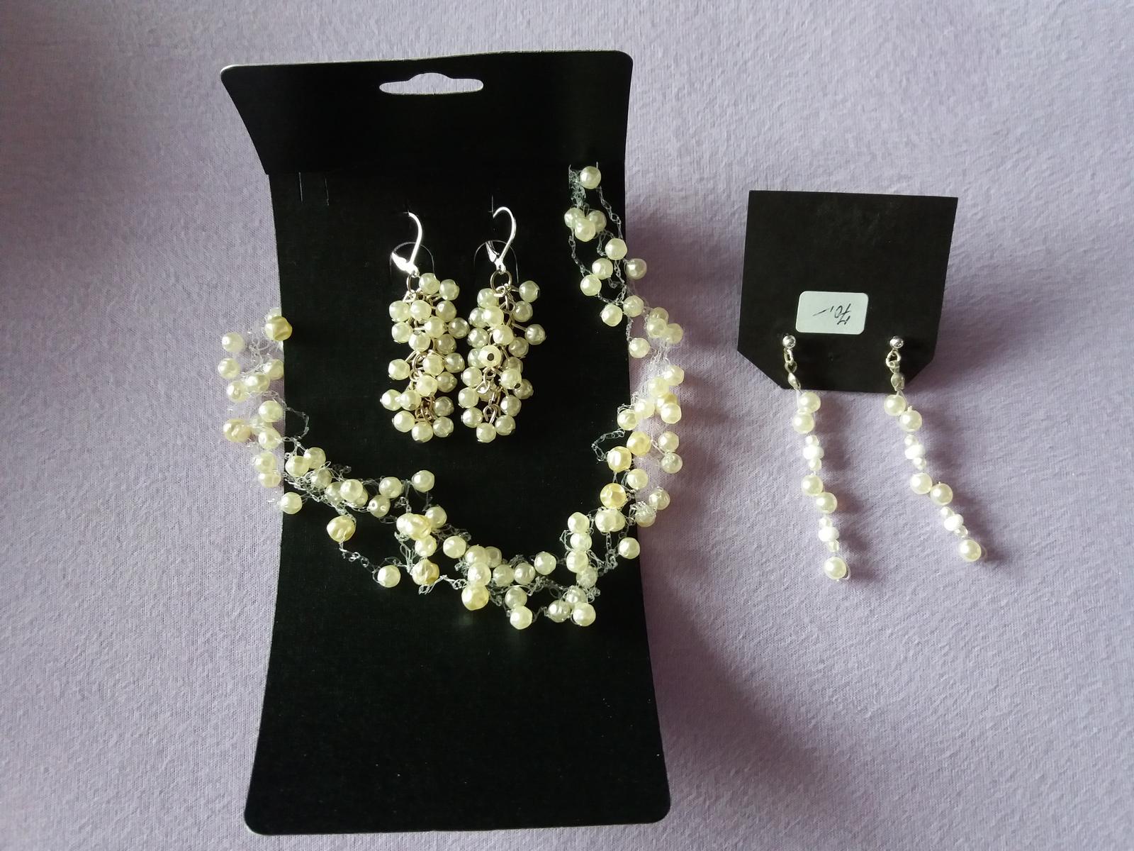 Korálkový/perličkový náhrdelník + 2 páry naušnic - Obrázek č. 1