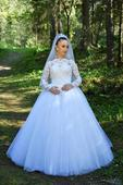 Svadobné šaty od značky Natasha Azaryi, 38