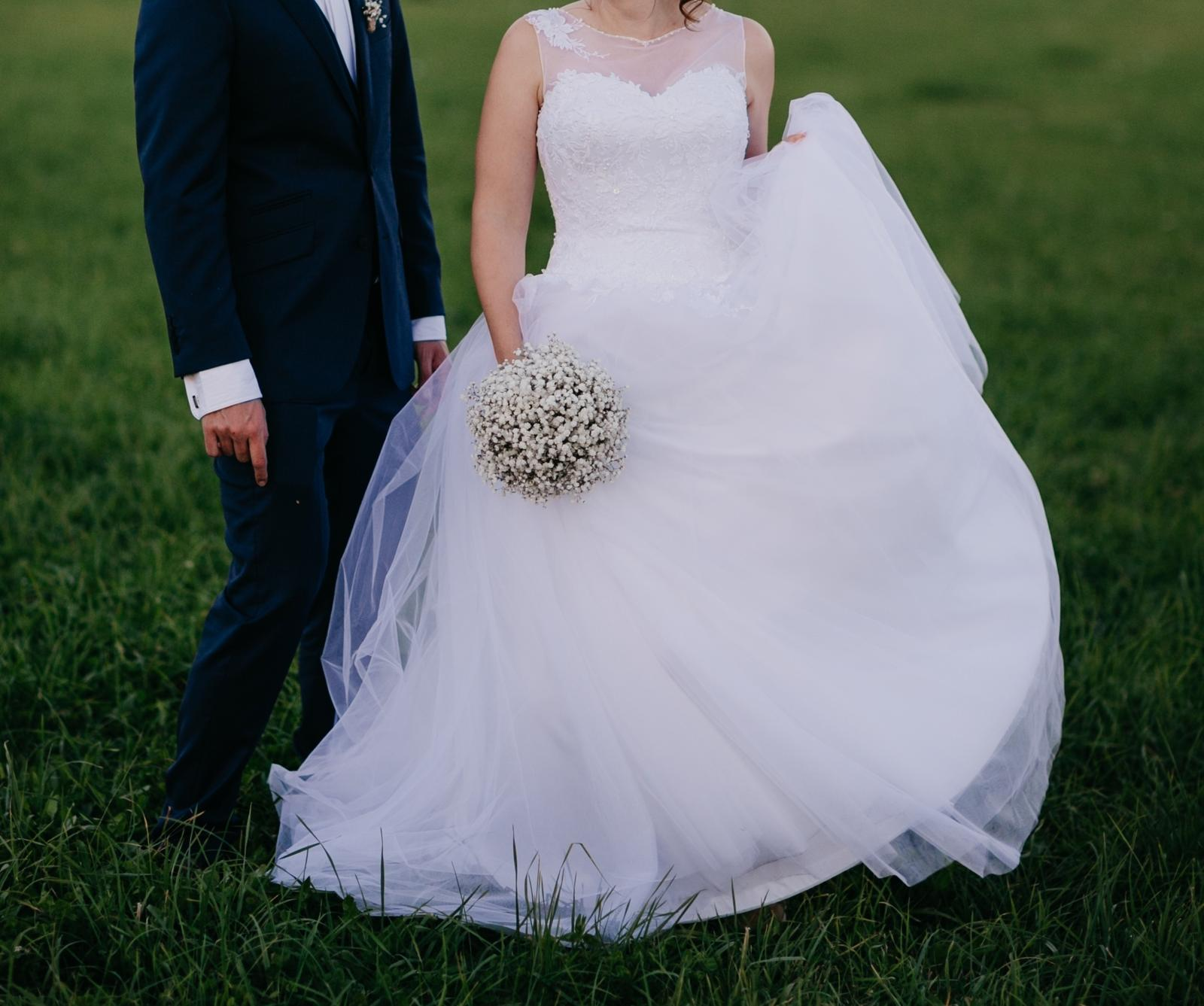 Svatební saty - Obrázek č. 1