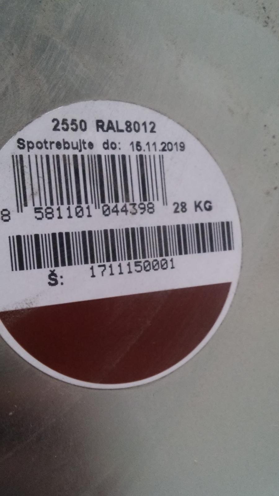 Hneda synteticka farba - Obrázok č. 1