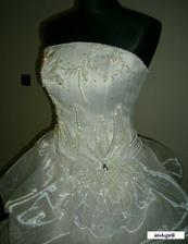 detail mojich svadobnych saticiek