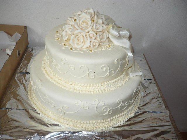 Svadobne pripravy-uvod a inspiracie - takuto tortu mali moji znami ....
