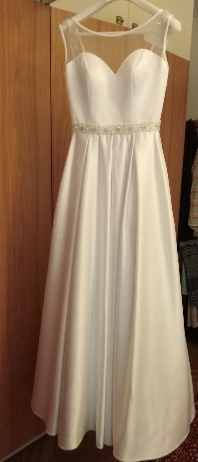 Saténové svadobné šaty s kamienkami - Obrázok č. 1