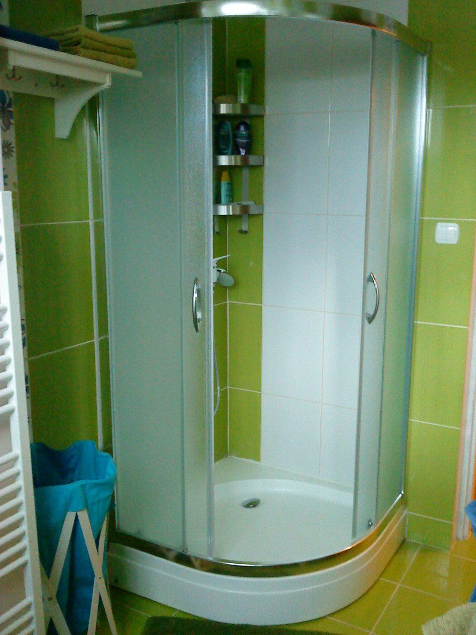 Naše bývanie - Sprchový kút...