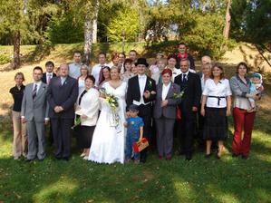 """A to je celá """"svatební družina""""."""
