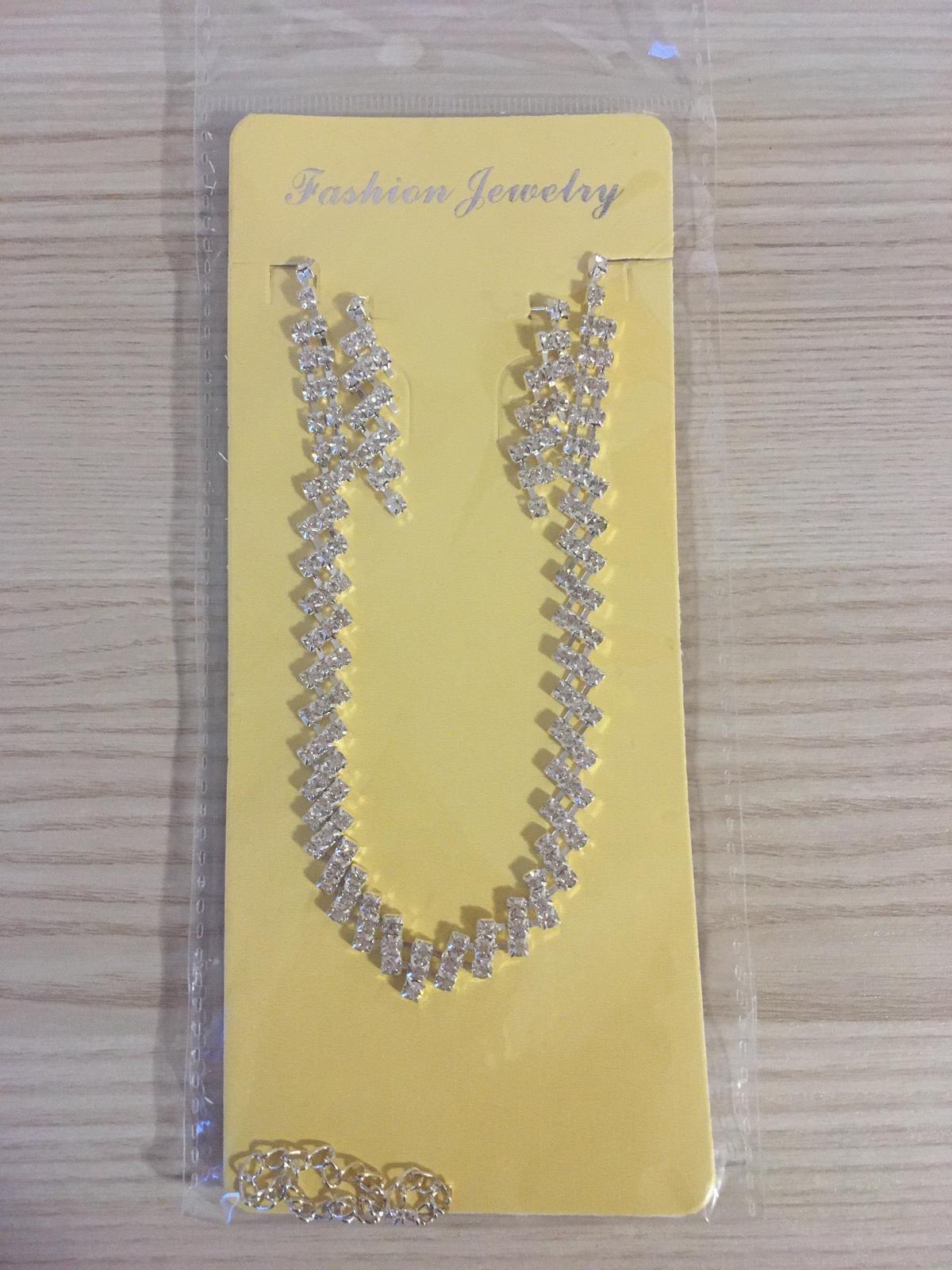 Souprava náhrdelník a náušnice - Obrázek č. 1
