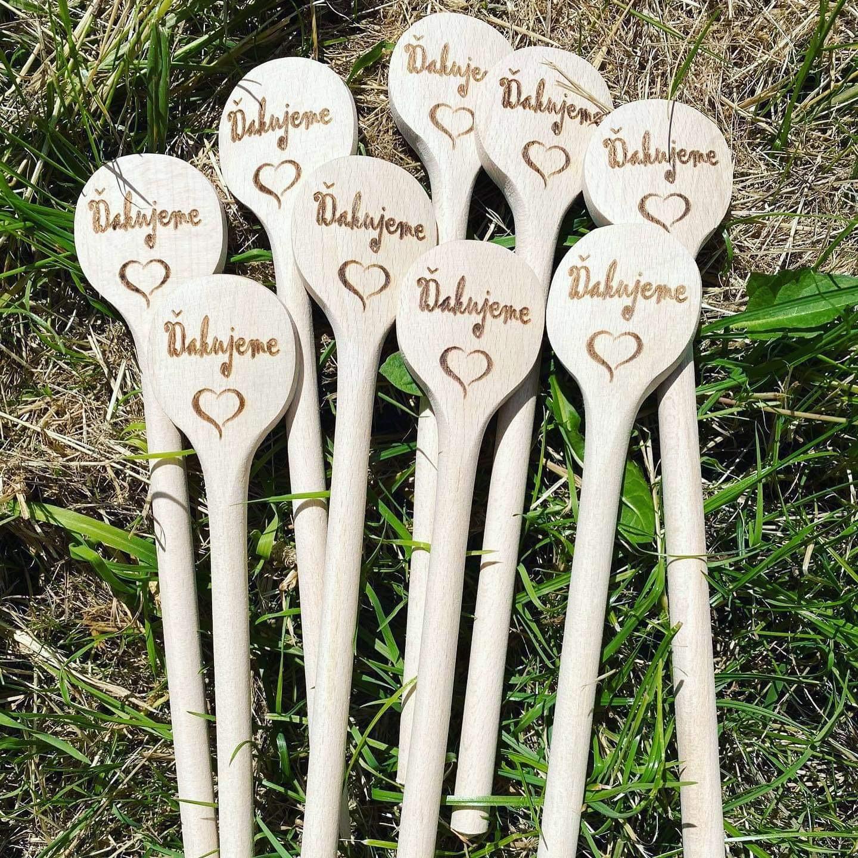 Drevené varešky ako darčeky pre svadobných hostí - Obrázok č. 3