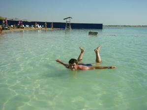 Výlet - kúpanie pri mŕtvom mori.