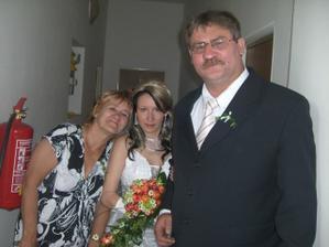 s tatínkem a maminkou...