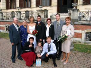 s ženichovou rodinkou