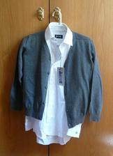 Koupeno oblečení pro brášky družiček
