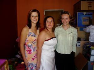 Krasavice-já, Tánička a Monča