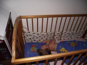 Simonečku to zmohlo, odpadla hned jak ulehla. A položený koberec viděla až ráno :-) ale byla kouzelná :-)