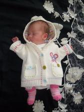 25.6.2014 - den před naším 4. výročím se nám nečekaně o měsíc dřív narodila druhá dcerka Terezka :-*