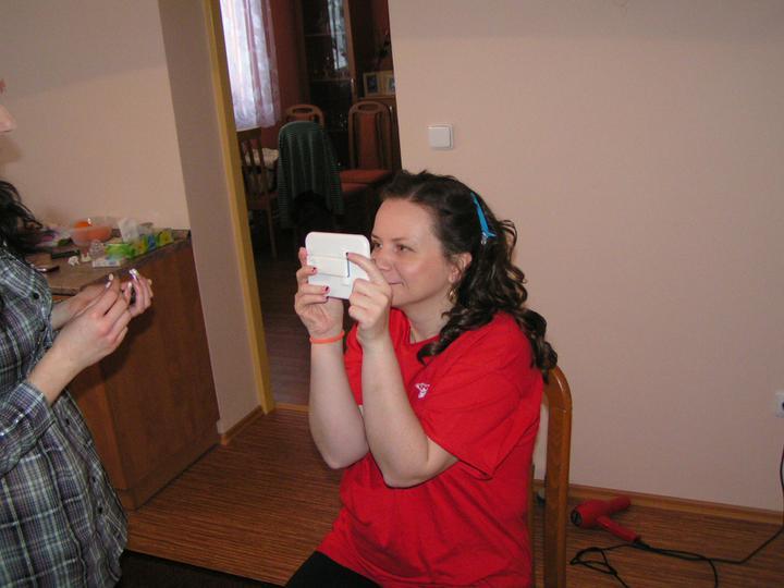 Markéta Solanská{{_AND_}}Jaromír Bouchal - Čerstvě vyoraná myš. Už jsem byla dávno v rukou kadeřnice, zatímco ostatní v klídečku teprve vstávali a snídali.