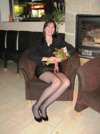 Přípravy - Na kamarádčině svatbě se mi poprvé podařilo chytit kytici, takže svatba určitě bude! :-)