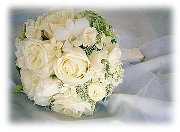 L+M náš veľký deň 15.9.2007 - aj kombinácia ruží s inými kvetmi je zaujímavá