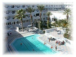V tomto hotelu v Sousse jsme měli bydlet, ale nakonec jsme bydleli v letovisku Port El Kantaoui.