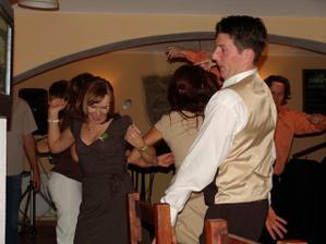 ptačí tanec v hospodě:-))))